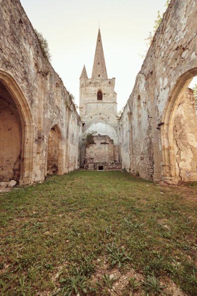 Eglise du parc du château de Buzet